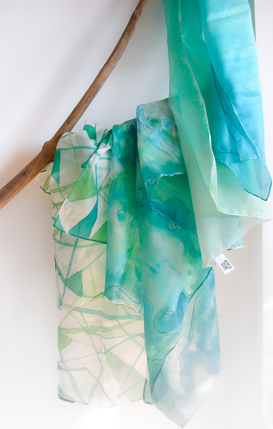 hand painted silk scarves and shawls by AliceElettrica • Martina Cecilia 33c30369607